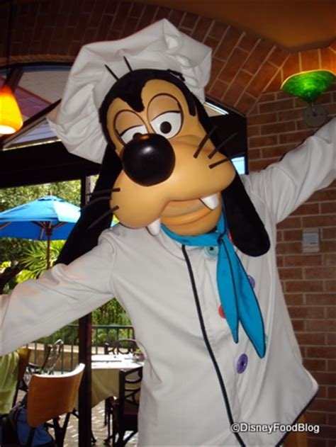goofy s top 3 restaurants for kids in disneyland the disney food