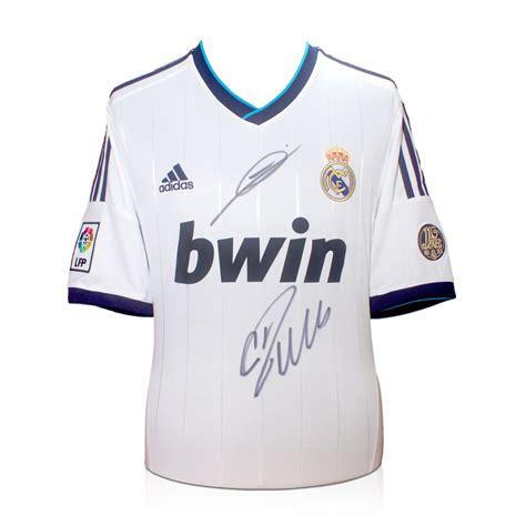Real Madrid Signature 9 cristiano ronaldo and zinedine zidane signed football