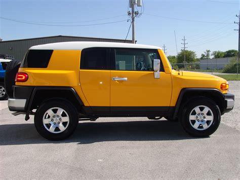 toyota cruiser 2007 2007 toyota fj cruiser yellow