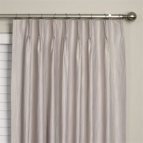 pinch pleat draperies pinch pleated curtains the best way to choose headings