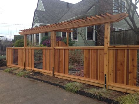 Cedar And Woven Wire Fence With Pergolas Deck Masters Fence Pergola Designs