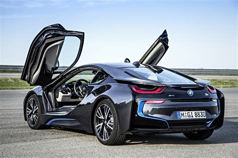 bmw gullwing doors bmw i8 production version with gullwing doors open bmw