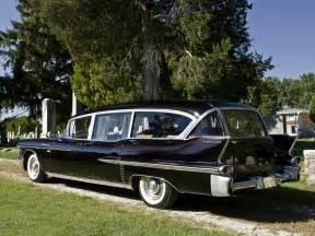 1958 Cadillac Ambulance 1958 Cadillac Superior Beau Monde Combination 8680s