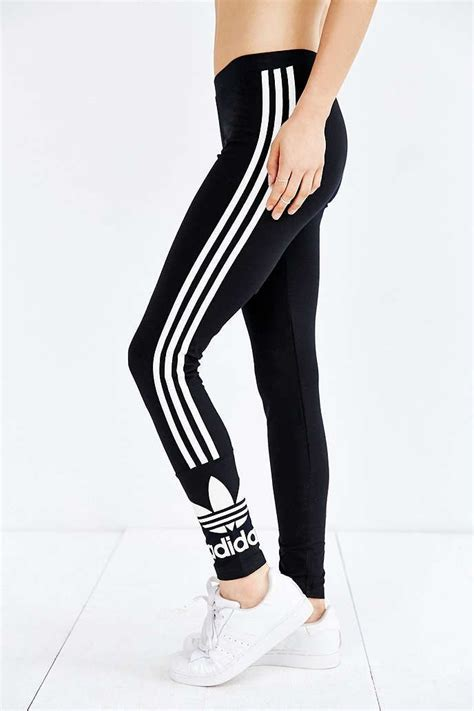 7ldress Adidas adidas original 3 stripes on the hunt