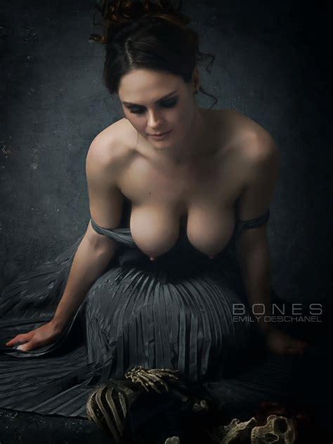 emily-deschanel-porno-womensbig-nipples-naked