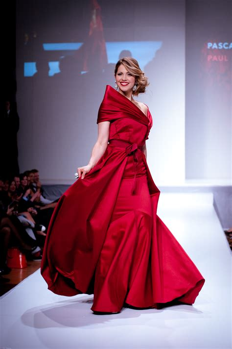 Dress Fashion Show by File Pascale Hutton Wearing Paul Hardy 2 And
