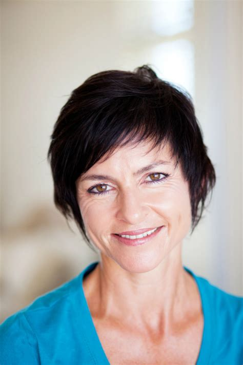 best hairstyles for weight 50 short haircuts for women over 50 to inspire your next look