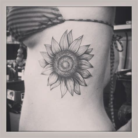 125 Sunflower Tattoo To Brighten Your Day Black And White Sunflower Shoulder