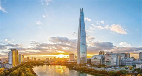 Modern Sleek Design by Lotte World Tower Kpf