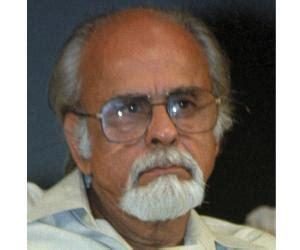 rajiv gandhi biography pdf indira gandhi biography childhood life achievements
