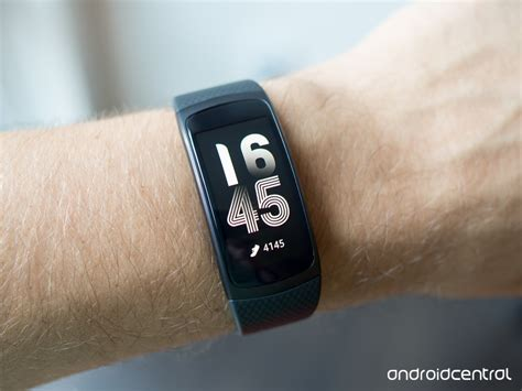 Samsung Gear Fit2 Gear Fit 2 Small Black samsung gear fit 2 review a great fitness wearable but
