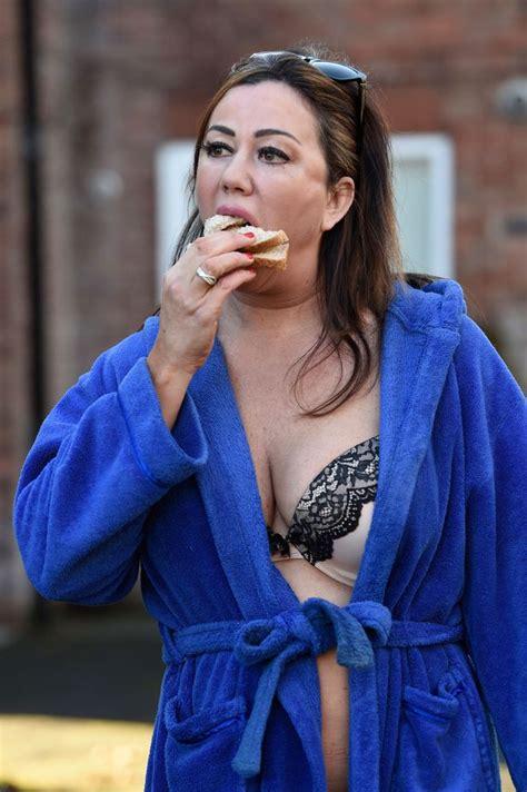 lisa appleton women more celebrities go naked but lisa