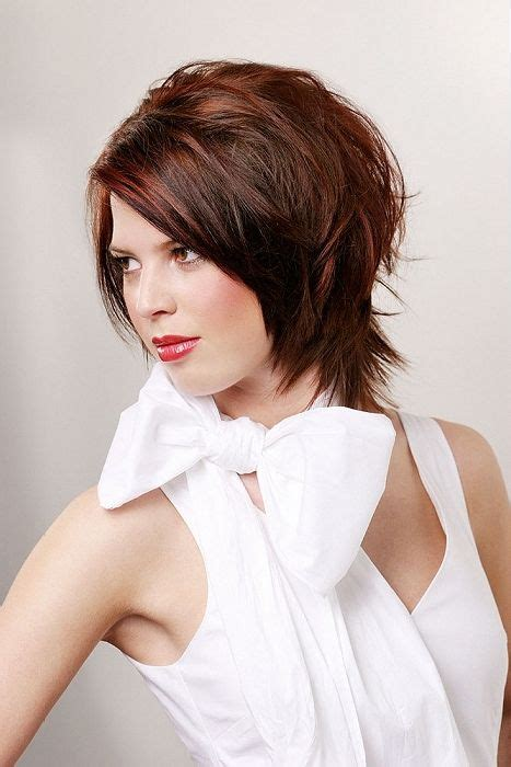 best hair styles for short neck and no chin slimming hair styles for women long hairstyles for round