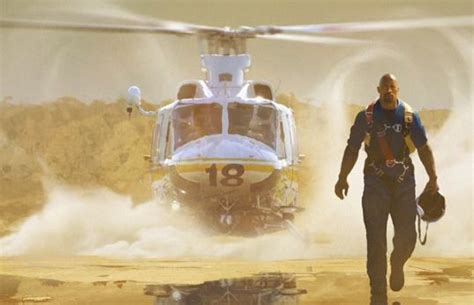 San Andreas 2015 Film Movie Review San Andreas 2015 Old School Disaster Film Killing Time