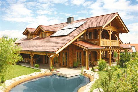 öko Holzhaus holzhaus aus massiven kantholzbalken quot k 246 sslinger