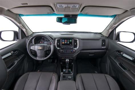 chevrolet trailblazer 2017 interior 2017 chevrolet trailblazer facelift interior unveiled