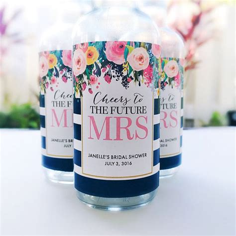 Favors For Bridal Shower Brunch by 1000 Ideas About Mini Chagne On Mini