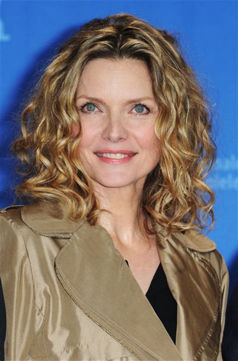 michelle pfeiffer hairstyles short purevolume we re listening to you