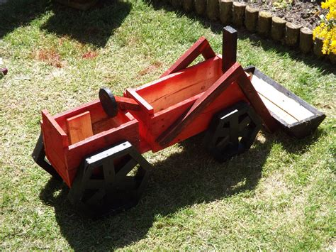 A Frame House For Sale pallets made planter tractor pallet ideas recycled