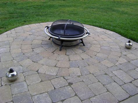 paver patio kits circle paver patio kits weilbacher landscaping paver