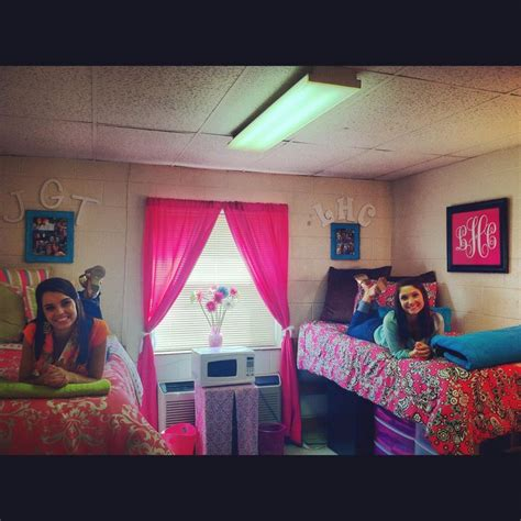 cute themes for dorm rooms cute dorm room college time pinterest