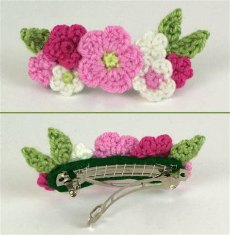 free patterns and instruction on making flower hair clips blog planetjune by june gilbank 187 tutorial crocheted