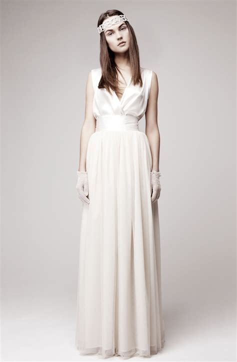 hochzeitskleid einfach simple wedding dress for vintage or modern brides 3