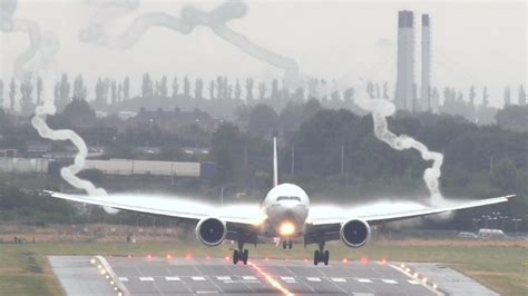 Why Do All Aircrfats Form Jro Stop In Mba by Emirates 777 Vortex Spectacular