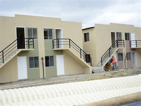 tipo de gobierno en ecuador aprobados 34 mil bonos para viviendas tras el terremoto