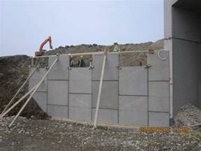 precast retaining walls precast concrete retaining walls