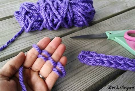 how to make a scarf without knitting no knitting needle no problem you can still knit