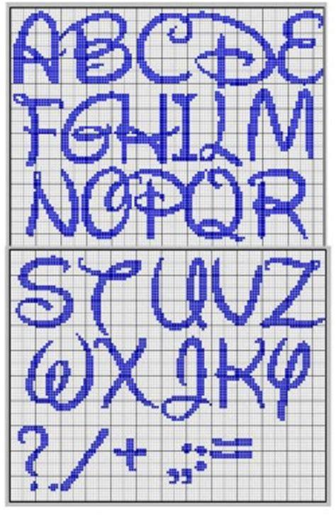 lettere alfabeto disney 20 gr 225 ficos de alfabeto em ponto revista artesanato