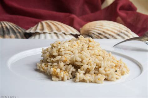 cucinare i ricci di mare risotto con uova di riccio di mare ricette di cucina