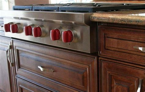 best prices for kitchen cabinets best price option kitchen cabinets built in s hmd