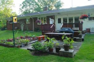 100 ideas for a driveway landscape best 25 sloped front