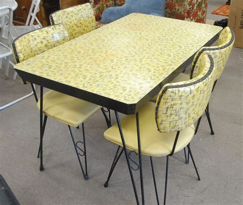 Yellow Kitchen Table Retro Kitchen Table Yellow Home Design Ideas Funky Retro Kitchen Table