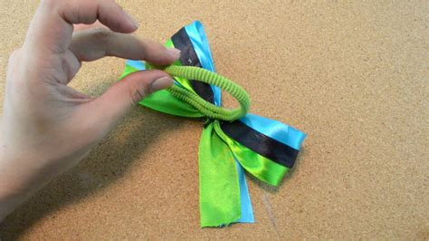 how to do cheer hair step by step how to make a cheerleading hair bow 13 steps with pictures