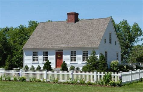 cape homes 17 best images about center chimney capes on pinterest