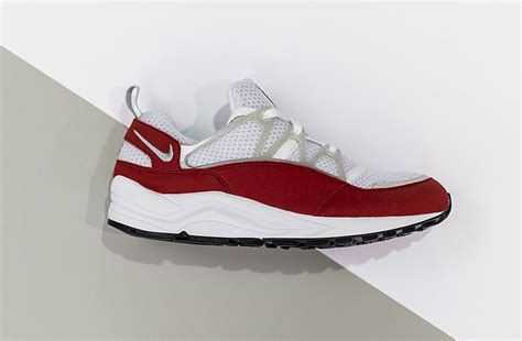 best retro running shoes the nike air huarache light might be the best retro