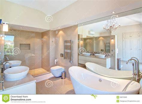 dekorative badezimmer bilder sch 246 nes dekoratives badezimmer stockfotos bild 28372063