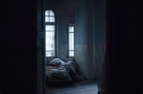 solution doors et room horror wallpaper landscape window dark night architecture
