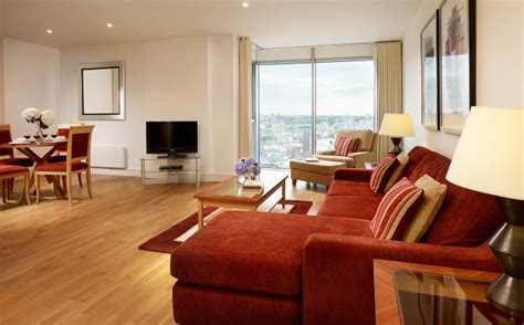 2 bedroom serviced apartment london aldgate city modern 2 bedroom quality city apartments