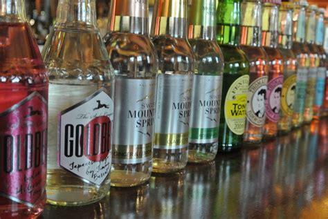 tapeten mediterran 1820 dresden gin house 1820 bars drinks deutschland