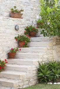 treppe dekorieren garten deko ideen die garten oder haustreppe mit blumen