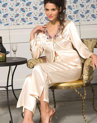 trend fashion trend baju tidur terbaru piyama