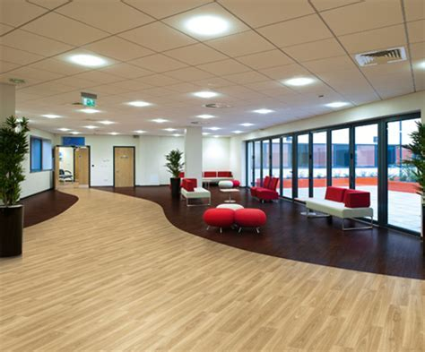 Polysafe Wood FX PUR Vinyl Flooring Product Range by Polyflor