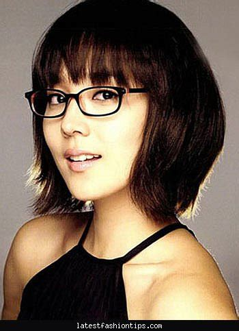 Hairstyle For Glasses Wearers by S Hairstyles With Glasses Latestfashiontips