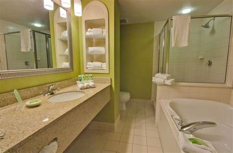 hotels with walk in bathtubs executive suite bath with jetted tub and walk in shower