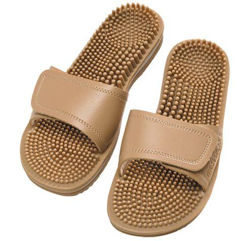 Snacker Slip On M maseur invigorating sandal beige size 8 pharmacy 4 less