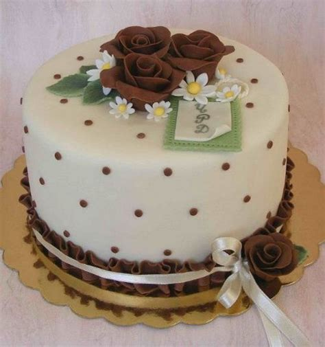 birthday cakes flowers  women brown color birthday cakes pinterest  women flower